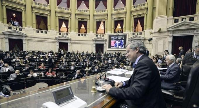 El Senado ya debate la Emergencia Social