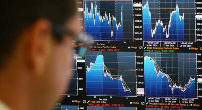 Las bolsas de EEUU y Europa compiten por 'saciar' al inversor