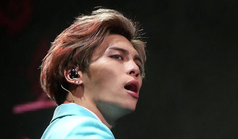 Muere cantante Jonghyun, de la banda Shinee