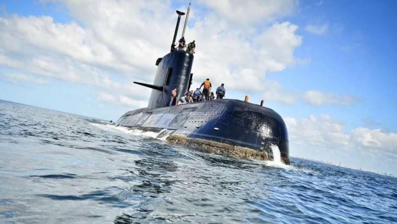 Allanan la Armada y la empresa que reparó el submarino
