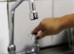 Desde ayer el centro y barrios de la capital sin Agua. Anuncian aumento en el Servicio