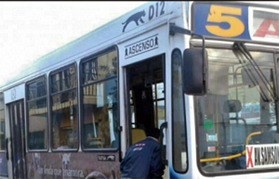 Saeta expone normativas usuario de transporte público