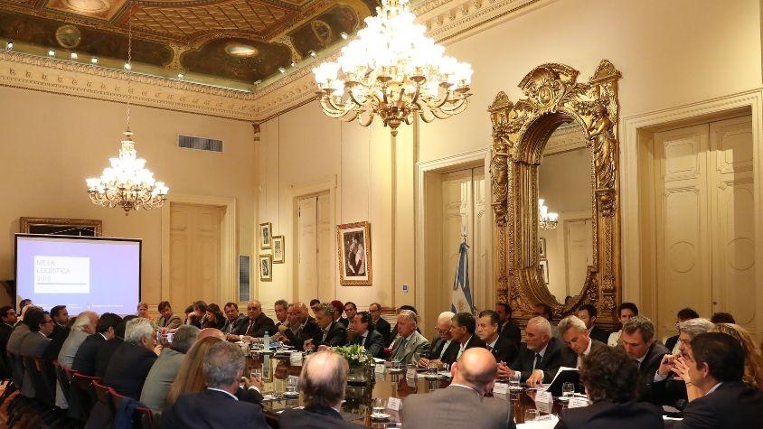 Macri inauguró la Mesa de Logística para mejorar competitividad
