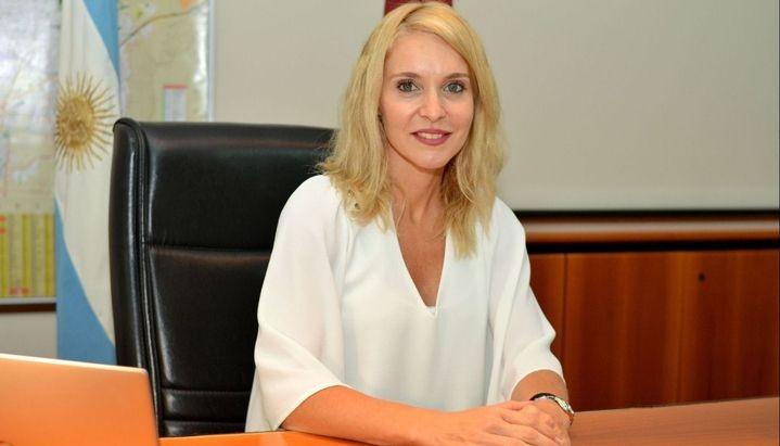 Renuncio Paula Bibini al ministerio de Producción