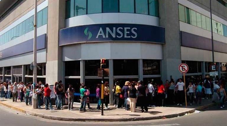 Anses paga asignaciones familiares a monotributistas