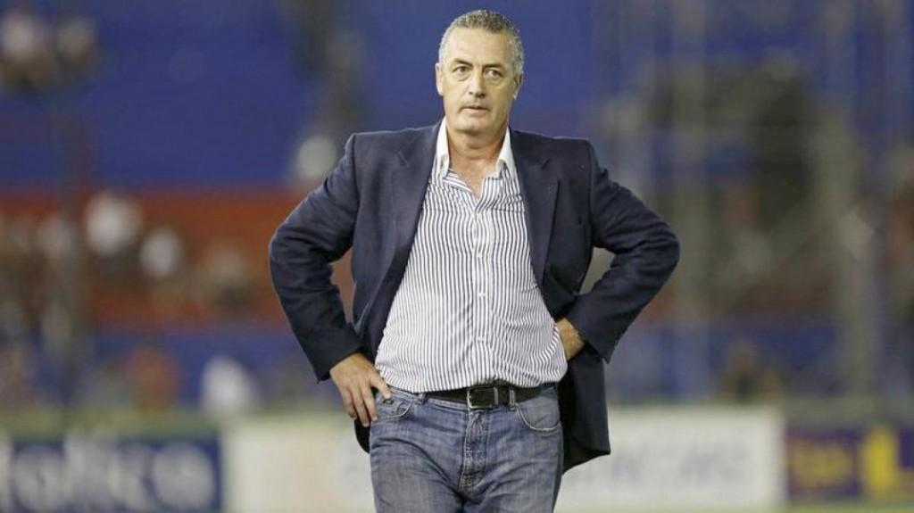 Boca Juniors nombra técnico a Gustavo Alfaro