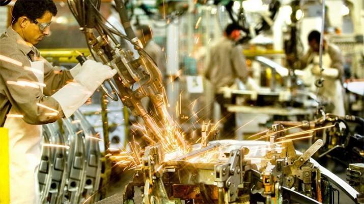 En octubre la economía cayó 4%
