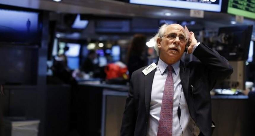 Wall Street abre con pérdidas