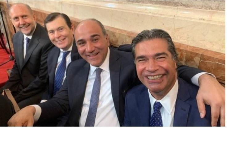 Los gobernadores participaron de la asunción de Fernandez