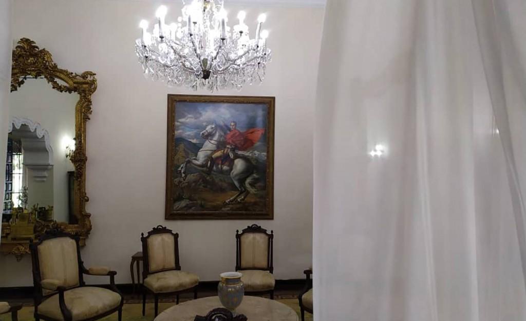 La residencia presidencial en Venezuela, ha quedado abierta al público