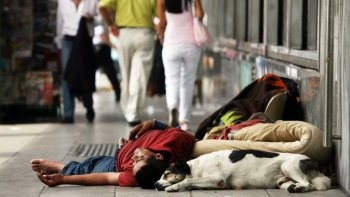 El 44,2% de los argentinos son pobres y el desempleo ya llega al 14,2 por ciento