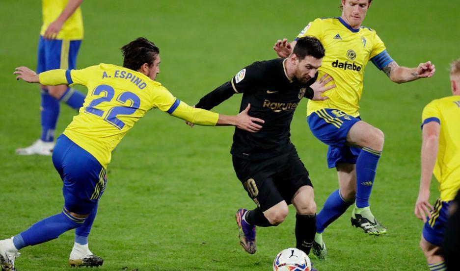 Barcelona cayó 2 a 1 ante el modesto Cádiz
