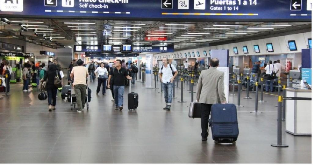 Argentina  suspenderá los vuelos con Reino Unido