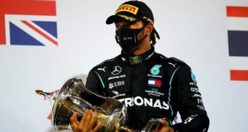 Hamilton no correrá el domingo para Mercedes en Bahrein