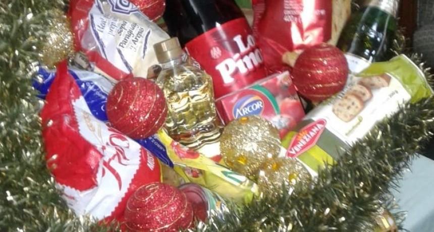 Se lanzó una canasta navideña de cinco productos a $250